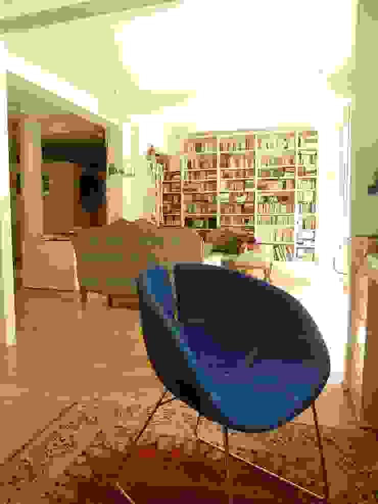 loft di Raffaella e Andrea Case moderne di cri-lla Moderno