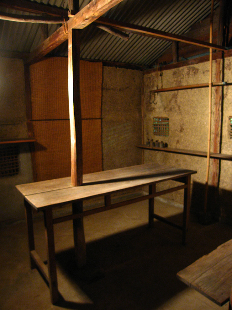 隠鶏庵 高原正伸建築設計事務所 一級建築士事務所 オリジナルデザインの 多目的室