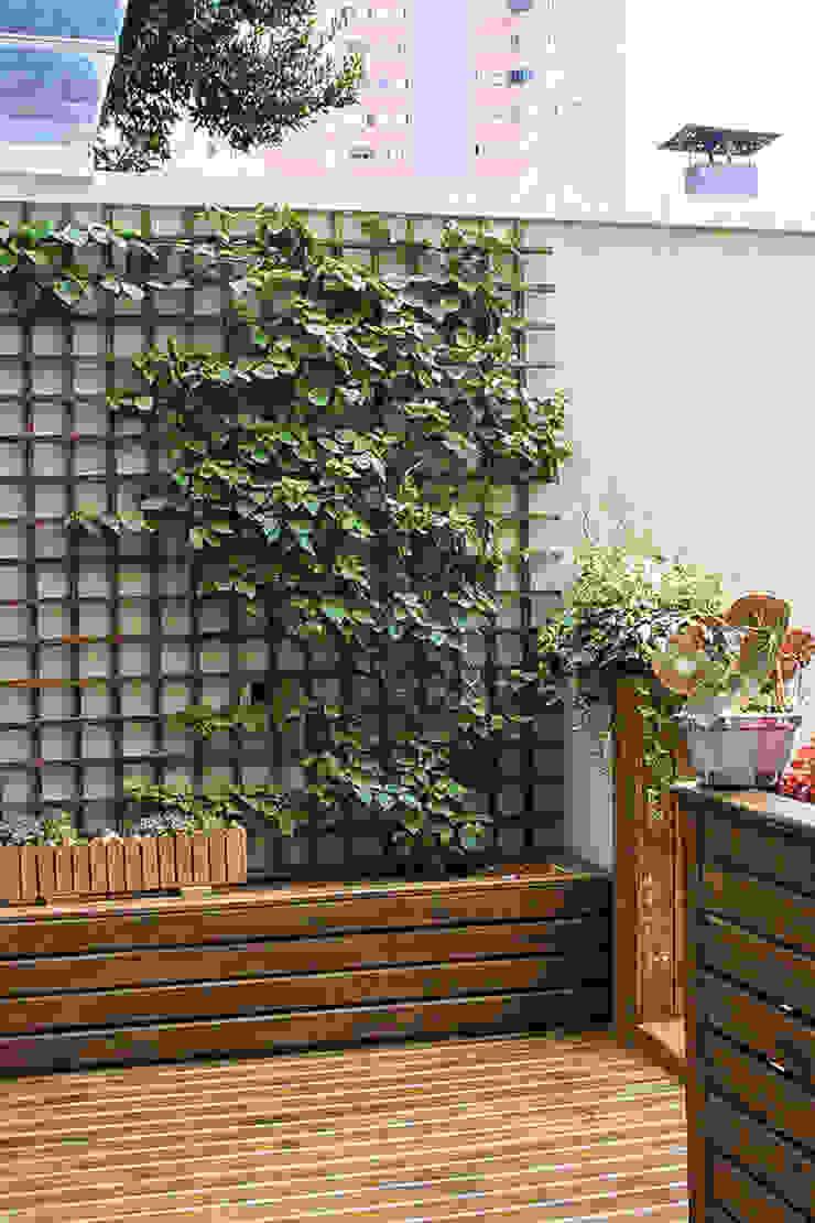 Varanda Jardins modernos por Studio Gorski Arquitetura Moderno