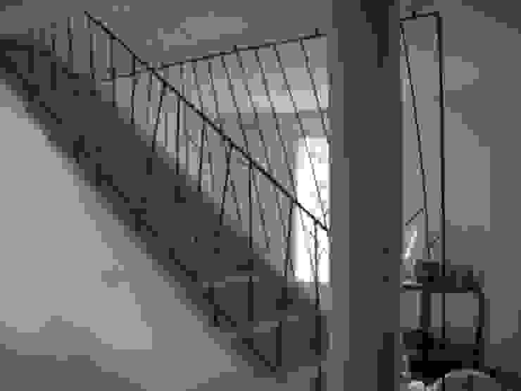 Création de garde-corps en acier ATELIER MACHLINE Escalier