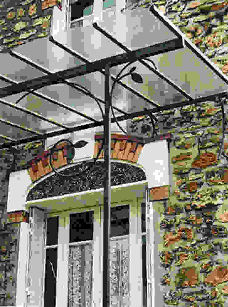 Marquise en acier ATELIER MACHLINE JardinAccessoires & décorations