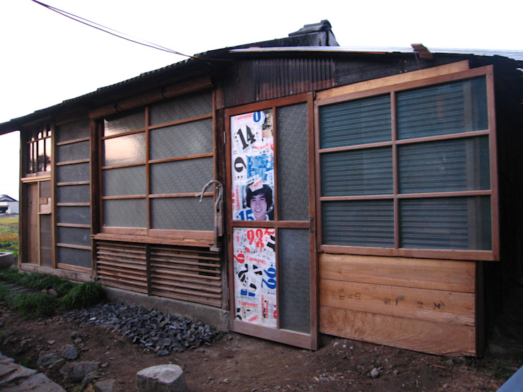 Ausgefallene Häuser von 高原正伸建築設計事務所 一級建築士事務所 Ausgefallen