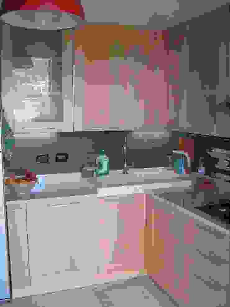 Idea d' Interni Arredamenti ห้องครัวเคาน์เตอร์ครัว
