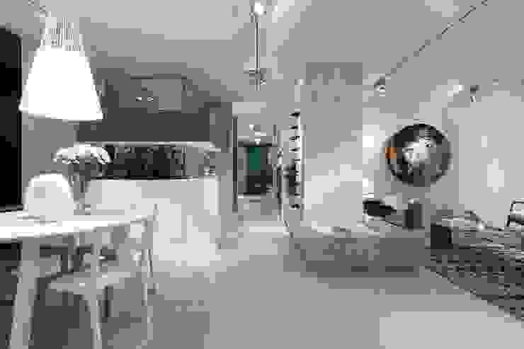 BE – Loft Salas de jantar ecléticas por Ana Rita Soares- Design de Interiores Eclético