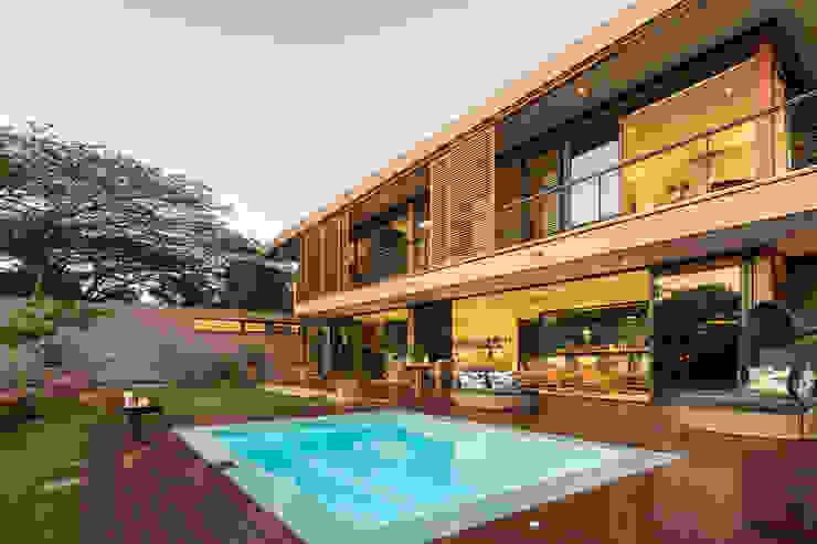 в современный. Автор – Metropole Architects - South Africa, Модерн