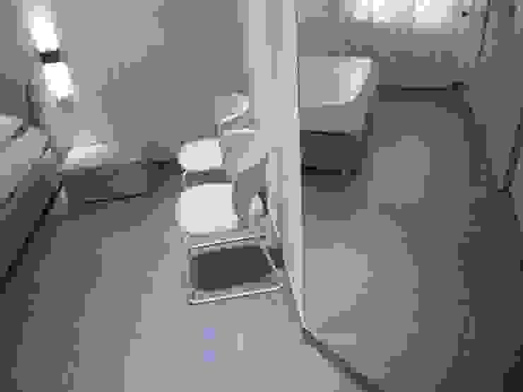 minimalist  by DOMENICO SUCCURRO ARCHITETTO, Minimalist