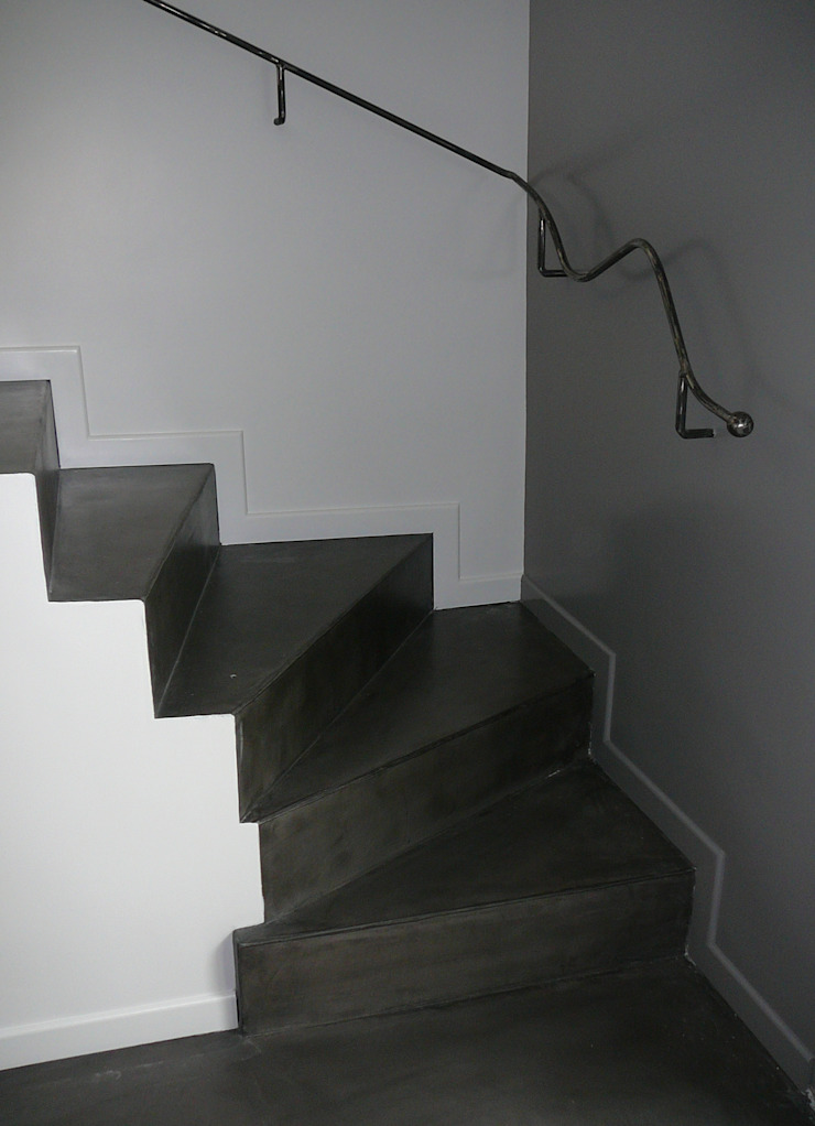 ATELIER MACHLINE Stairs Iron/Steel Black