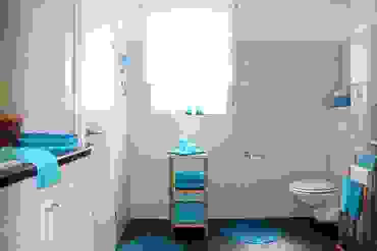 Badezimmer nach dem Staging Mediterrane Badezimmer von raumwerte Home Staging Mediterran