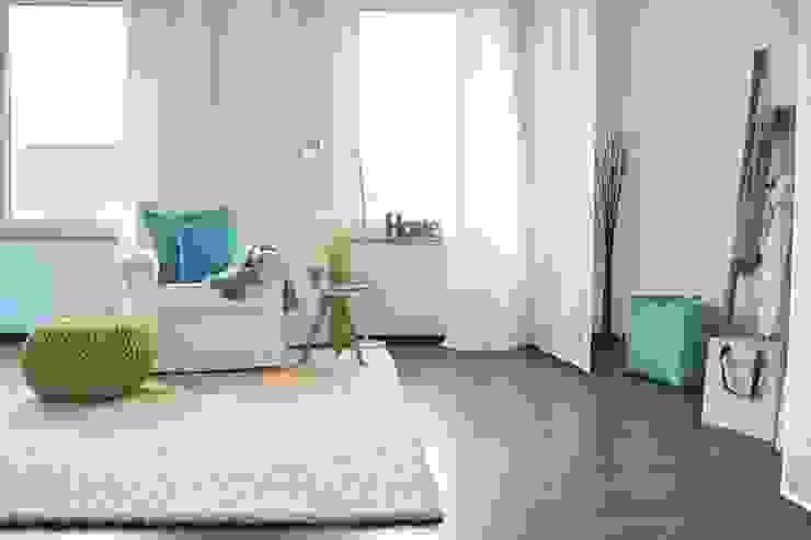 Schlaf-/Ankleidezimmer nach dem Staging Mediterrane Ankleidezimmer von raumwerte Home Staging Mediterran