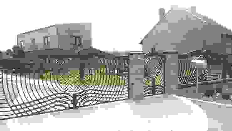 Triumph-Zaunsysteme สวนรั้วและกำแพง
