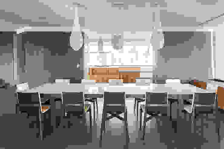 Comedores de estilo  por ARCHETONIC / Jacobo Micha Mizrahi