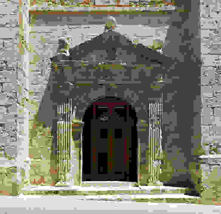Restoration and Adaptation of a 16th century Chapel in Brihuega, Guadalajara, Spain Espacios de Adam Bresnick architects