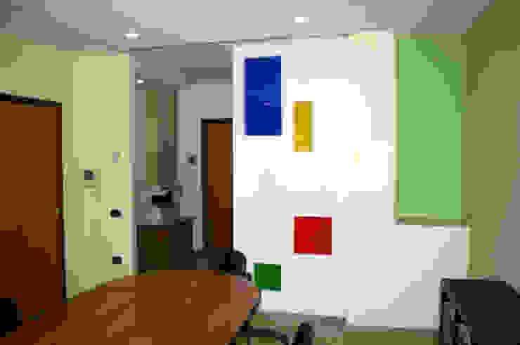 by SaAO Sforza Architecture Office - Laboratorio di Architettura e Design Сучасний