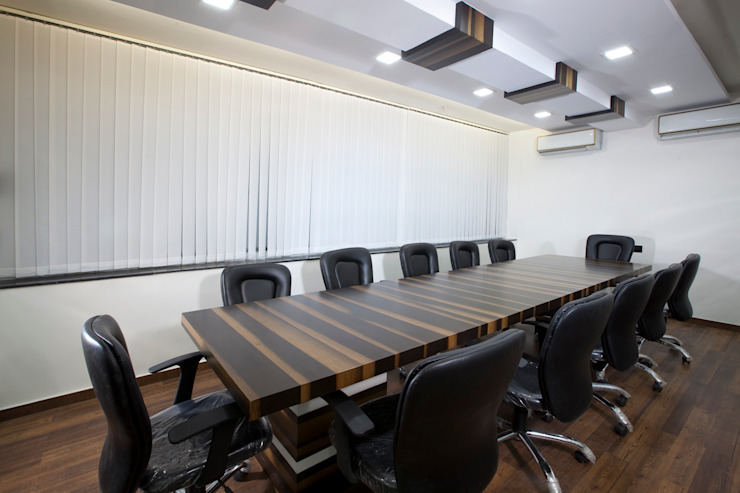 Conference Room by Squaare Interior Modern