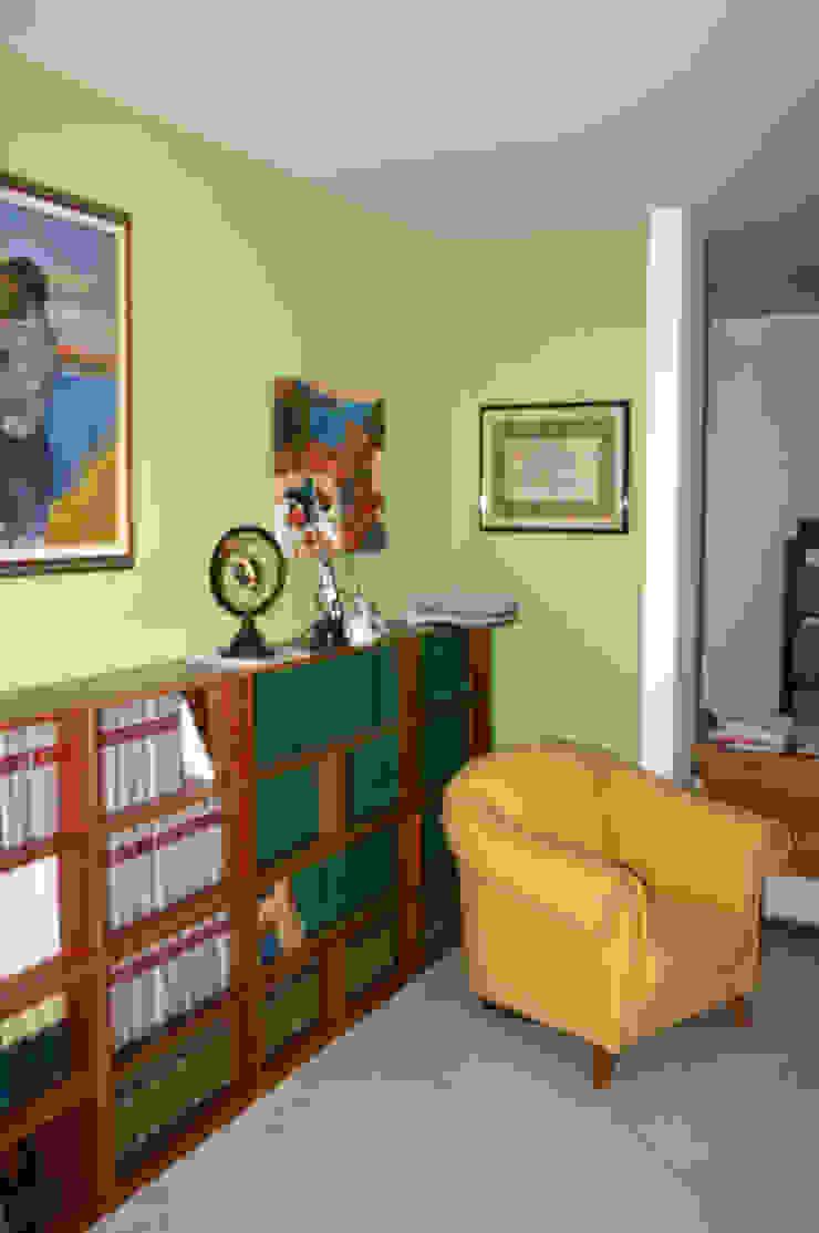 Modern study/office by SaAO Sforza Architecture Office - Laboratorio di Architettura e Design Modern