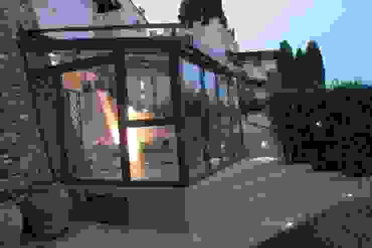 Serra Solare in Toscana di STUDIO MORALDI Rurale