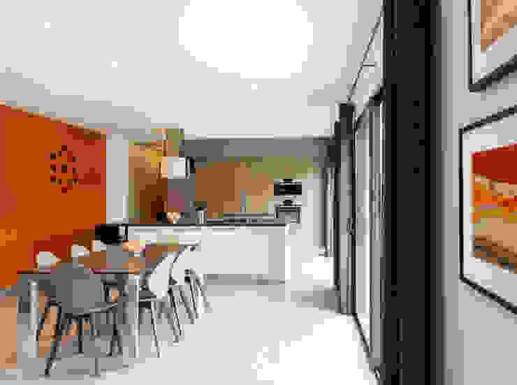 Maison à Saint Genis Laval Cuisine moderne par Marion Lanoë Architecte d'Intérieur Moderne