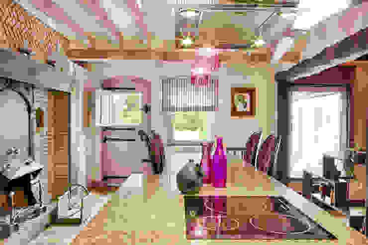 Maison de campagne revisitée – Marines 95 Maisons classiques par Katia Rocchia Home Designer Classique
