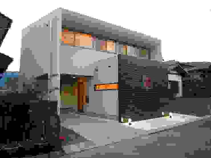 高原正伸建築設計事務所 一級建築士事務所 Rumah Modern