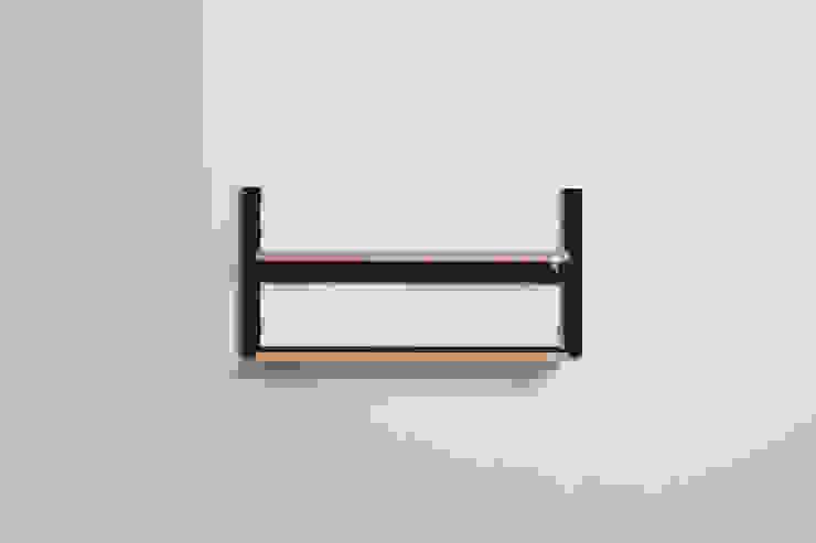 Fläpps Shelf 80x40x2 – Black par AMBIVALENZ Minimaliste Contreplaqué