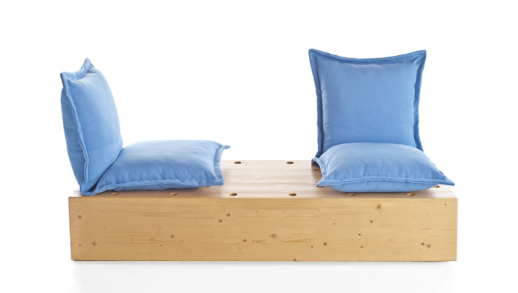 Facile divano da esterno di Marco Gregori Architetto Scandinavo