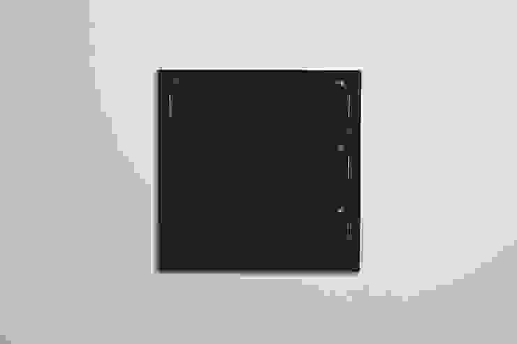 Fläpps Shelf 80x80x3 – Black par AMBIVALENZ Minimaliste Contreplaqué