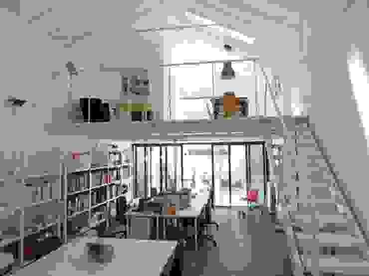 STUDIO NOMADE ARCHITETTURA:  in stile industriale di NOMADE ARCHITETTURA E INTERIOR DESIGN, Industrial