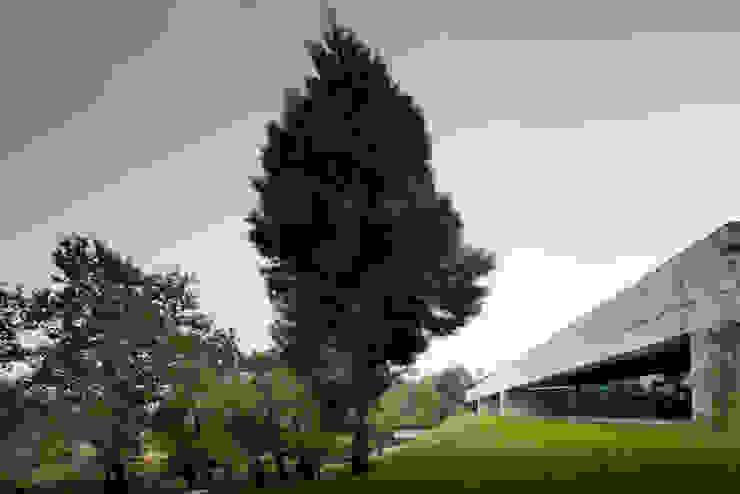 Duas casas em Monção JPL Arquitecto Casas modernas