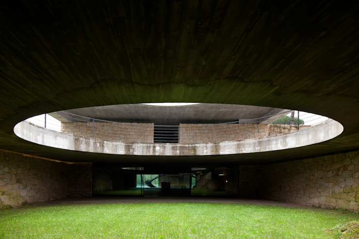 Duas casas em Monção Jardins modernos por JPL Arquitecto Moderno