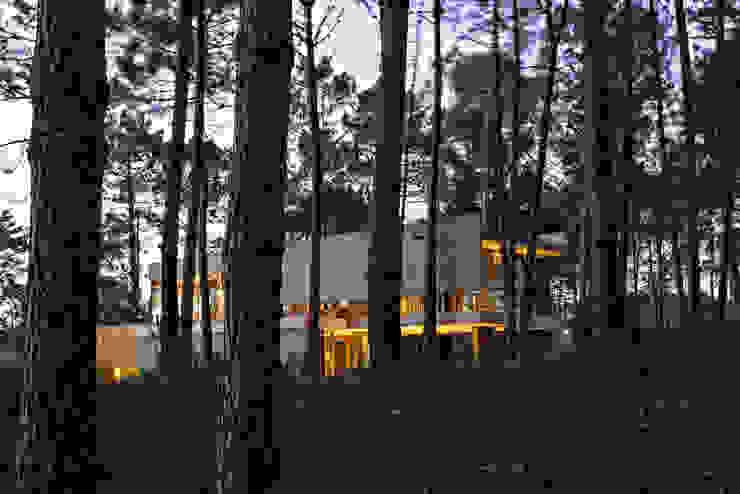 Casas de estilo  por ATV Arquitectos