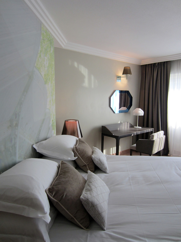 HOTEL LES CELESTINS CHAMBRES Hôtels modernes par Linxe-renson.com Moderne