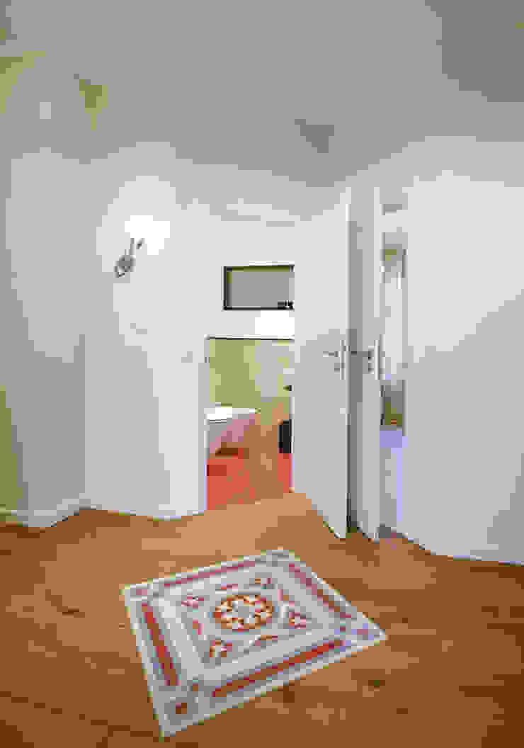 Kamar mandi: Ide desain interior, inspirasi & gambar Oleh Angelika Wenicker - Vollbad