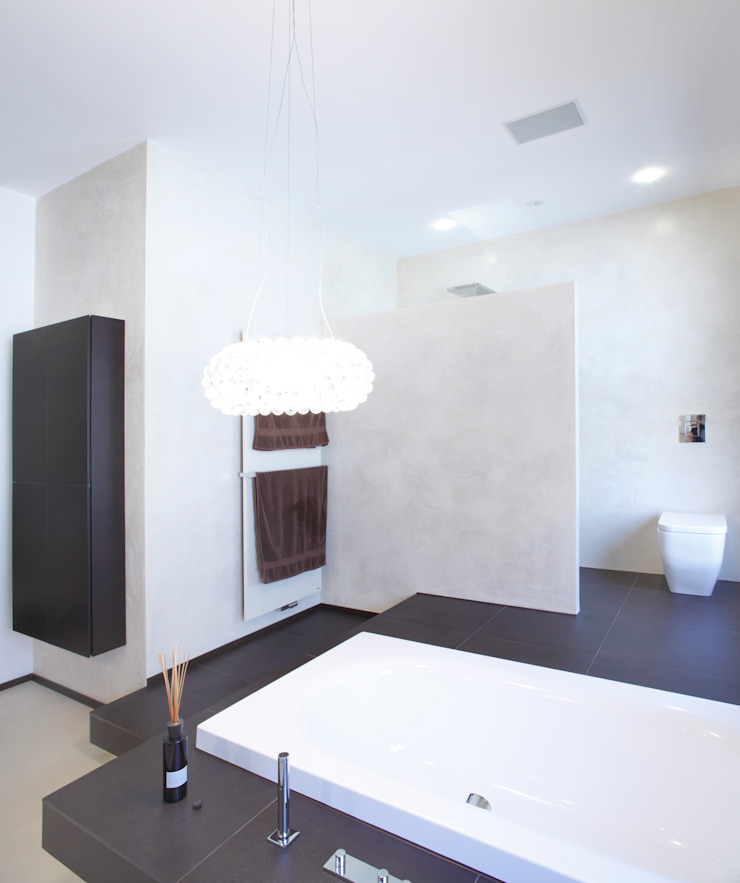 Angelika Wenicker - Vollbad Modern style bathrooms