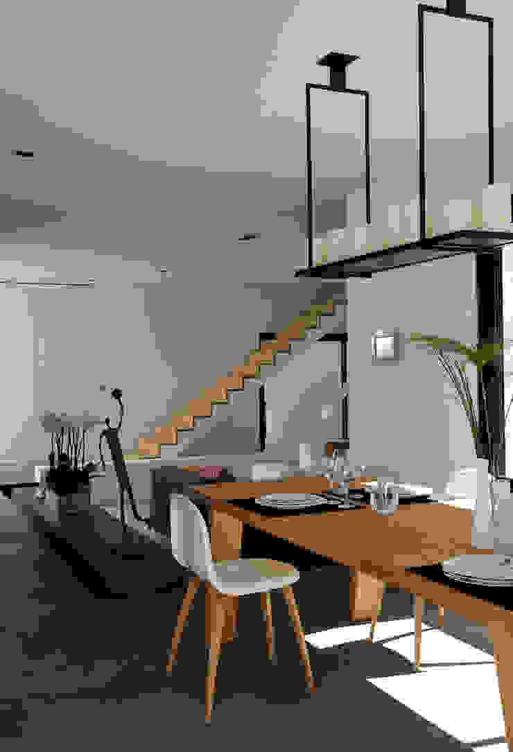 Maison Contemporaine Maisons modernes par Claude Cartier Décoration Moderne