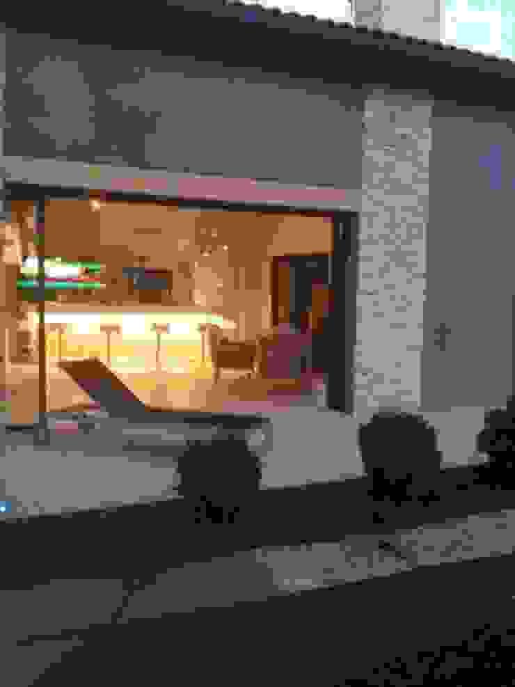 Modern Houses by Agence Philippe BATIFOULIER Design Modern