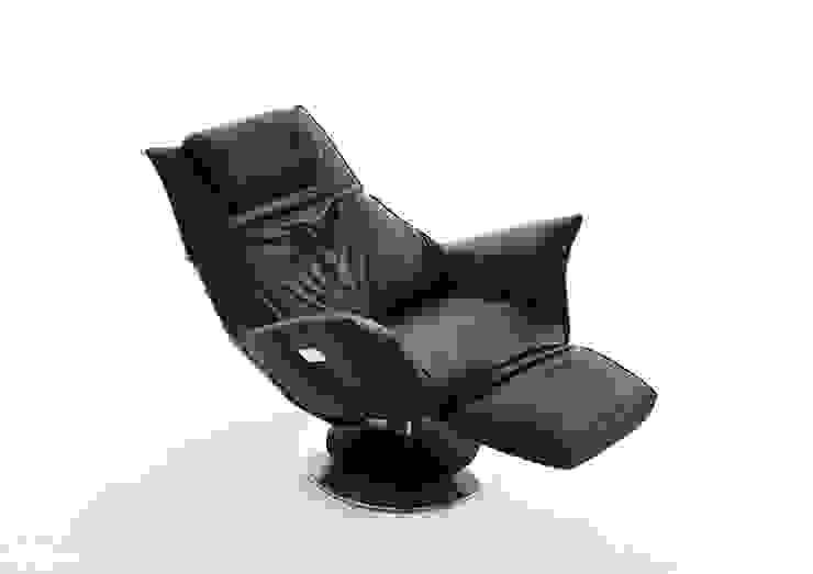 de estilo  de KOINOR Polstermöbel GmbH & Co. KG, Moderno