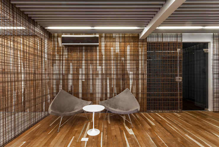 Modern offices & stores by ATV Arquitectos Modern