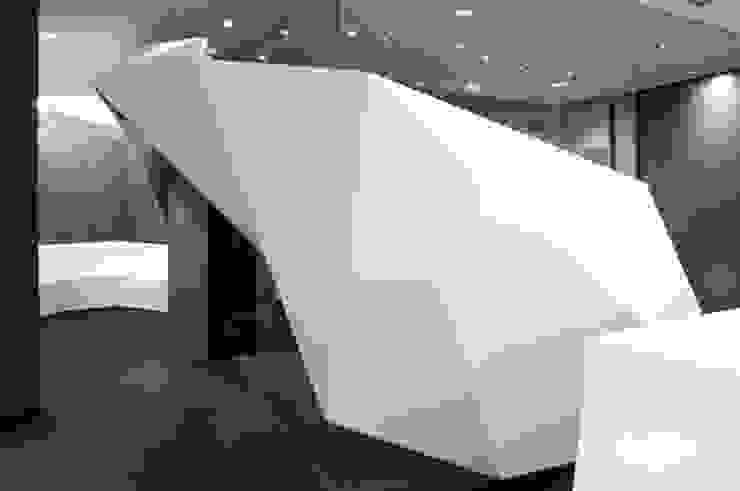 Accueil Spa&Co Espaces commerciaux modernes par Galaktik Moderne