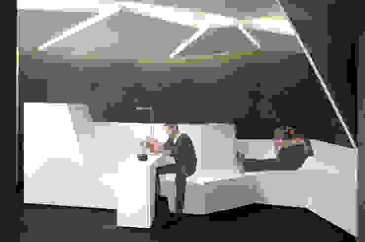 Espace d'attente Espaces commerciaux modernes par Galaktik Moderne