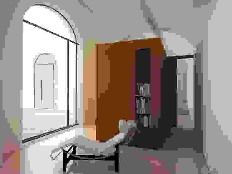 Casa&Putìa Soggiorno in stile industriale di MM A   Massimiliano Masellis Architetti Industrial