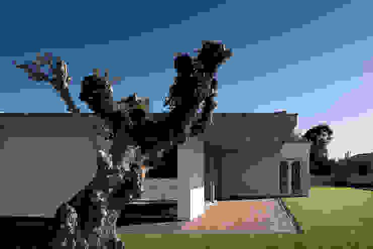XIEIRA HOUSE II โดย A2+ ARQUITECTOS โมเดิร์น