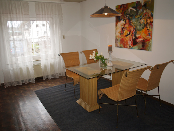 Raumpraesenz-Homestaging Salas de jantar