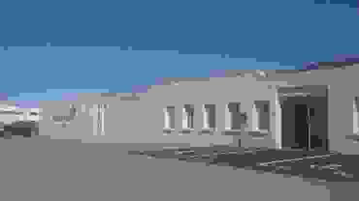 Réhabilitation de bâtiment industriel Espaces commerciaux par Atelier AD