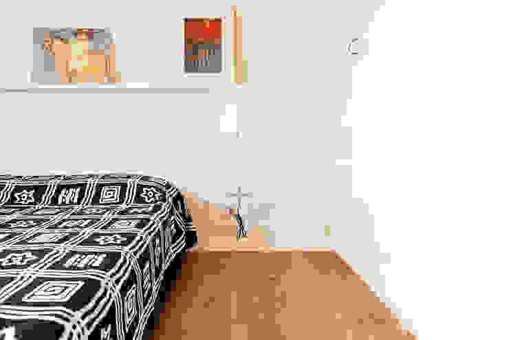 Camera da letto Camera da letto moderna di Fabio Ramella Architetto Moderno