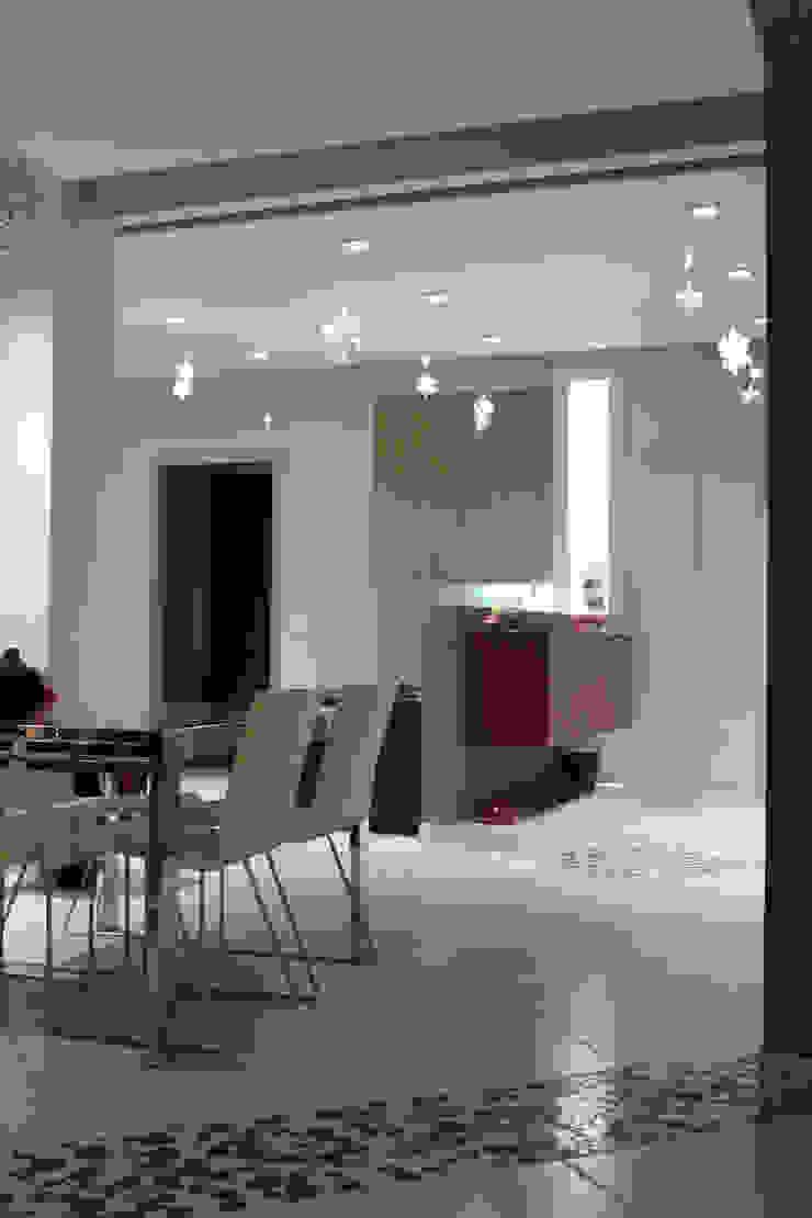 Ristrutturazione zona giorno di Rocco Antonio Gatto Architetto Moderno