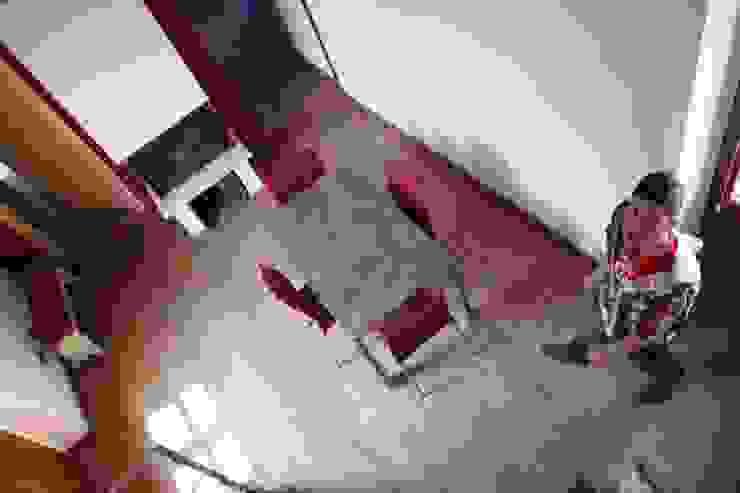 3E Apartment Case moderne di Emanuele Meinero Architetto Moderno