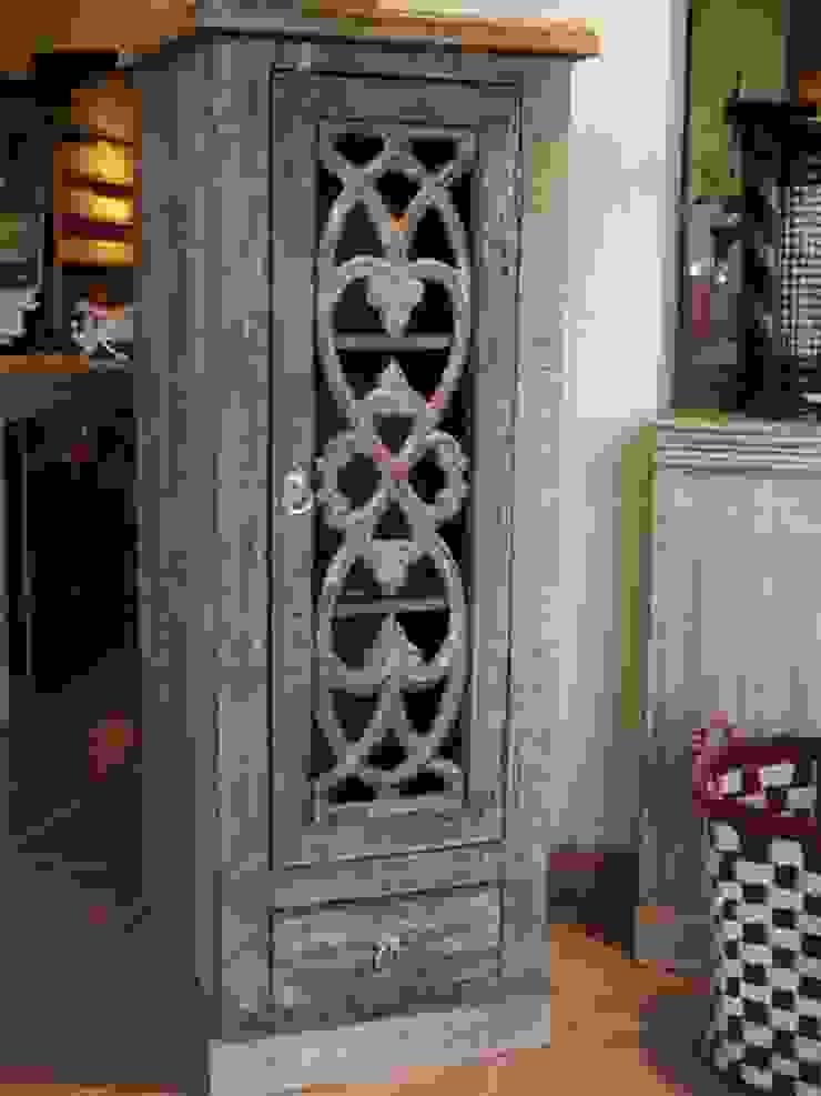 Armario auxiliar de Salablanca Furniture & Decoration