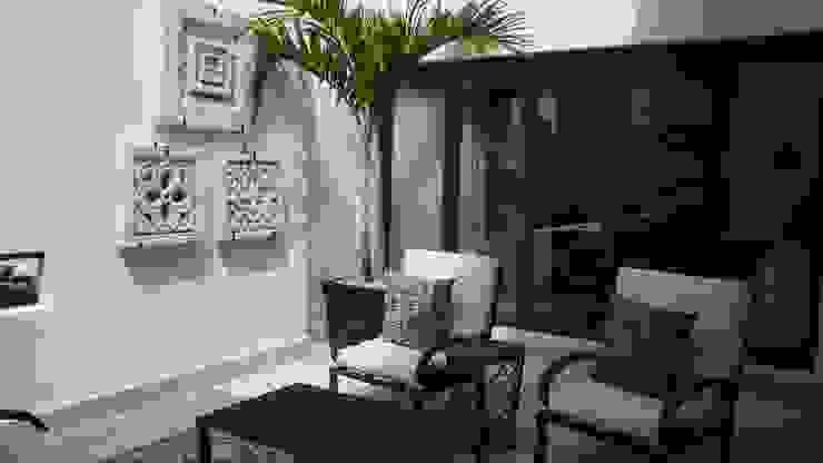 Balcon, Veranda & Terrasse modernes par DIAZ DE LUNA SIGNATURE Moderne