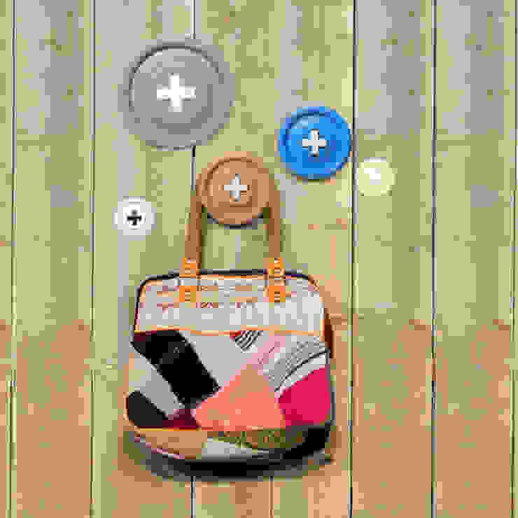 Button Garderoben Haken 5er Set von ANCHOVI Ausgefallen