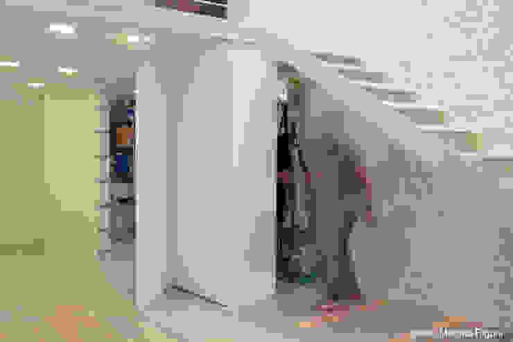 Casas minimalistas de moovdesign Minimalista